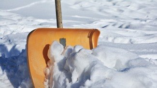 snow-shovel-2001776_640